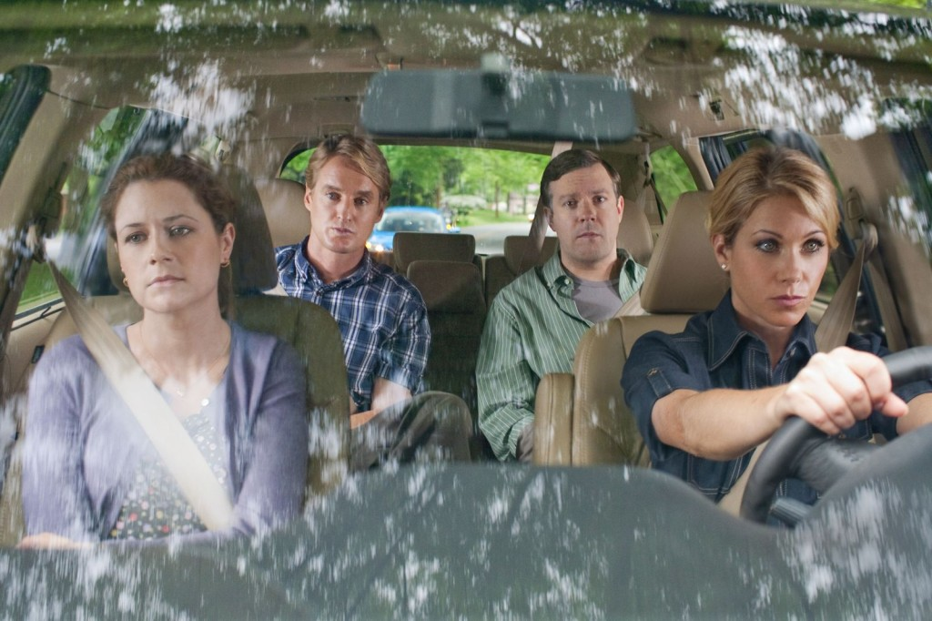 "(L-r) JENNA FISCHER as Maggie, OWEN WILSON as Rick, JASON SUDEIKIS as Fred and CHRISTINA APPLEGATE as Grace in New Line Cinema's comedy ""HALL PASS,"" a Warner Bros. Pictures release."